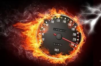Por que gostamos de altas velocidades? Andar de moto gera Felicidade, diz Estudo