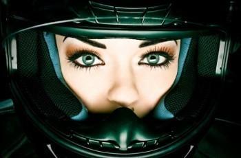 Capacete tem prazo de validade mas multas são indevidas por capacete fora de validade!