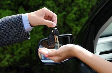 Como fazer comunicado de venda de veículo e não pagar multas