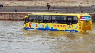 enchente prejudicando trânsito
