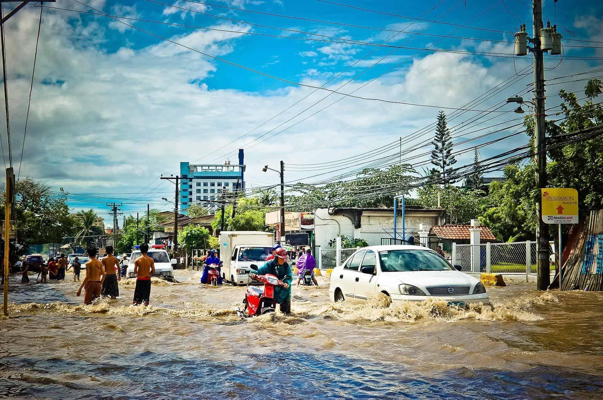 alagamentos e enchentes no Trânsito