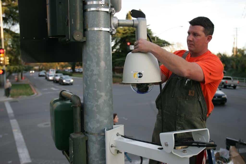 instalação de sinal vermelho