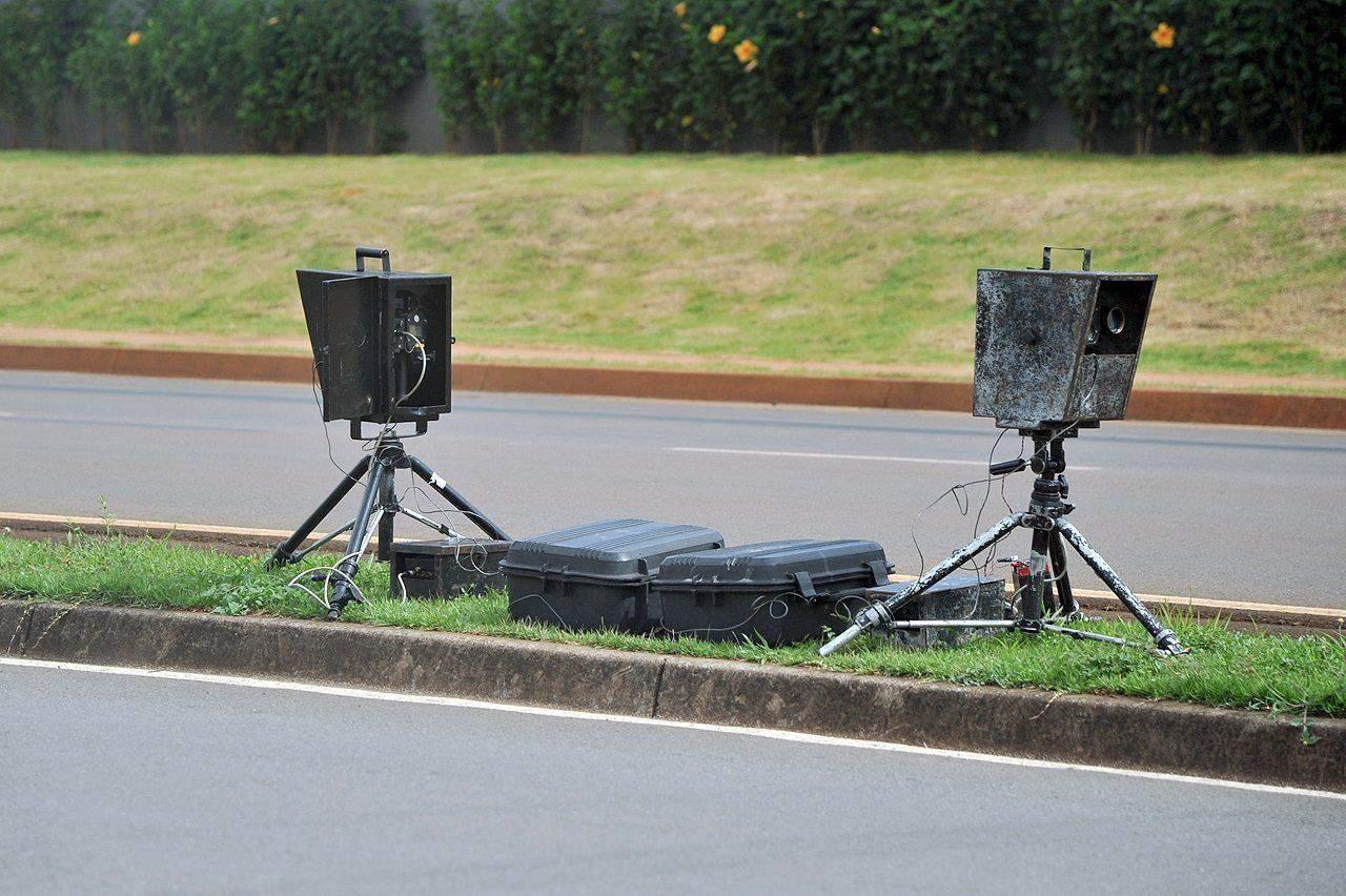 radar de velocidade fixo