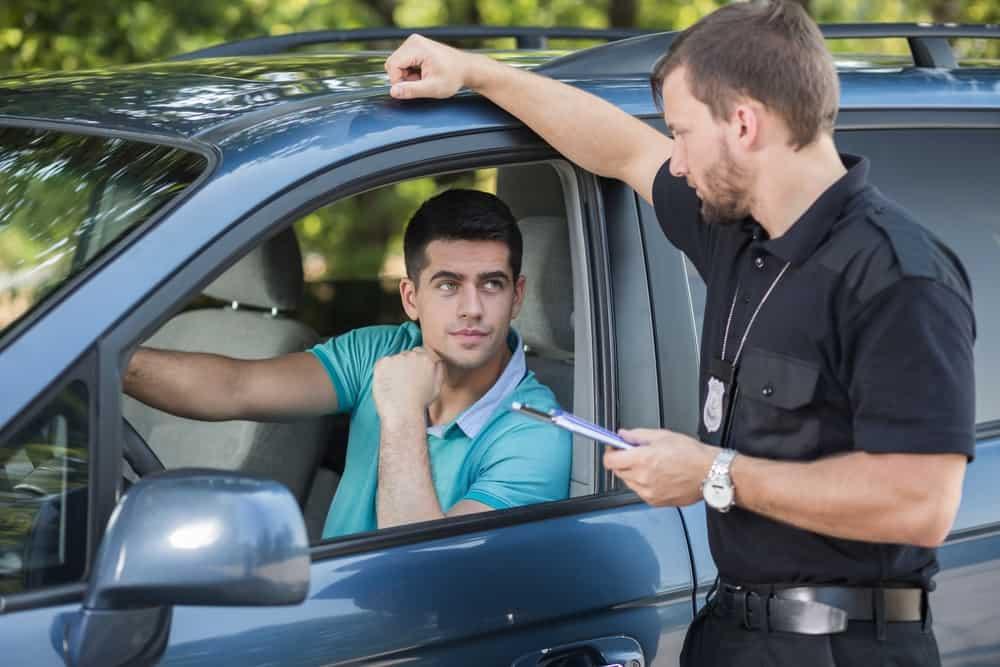 som automotivo multa