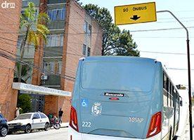 Como recorrer da multa por transitar na faixa de ônibus