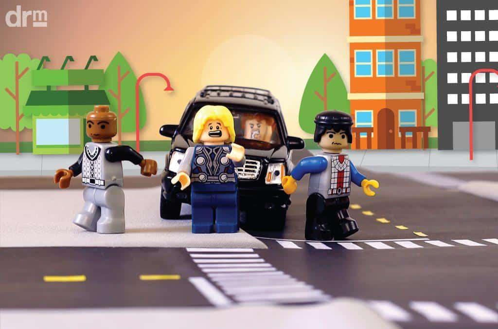 Dirigir ameaçando os pedestres ou demais motoristas