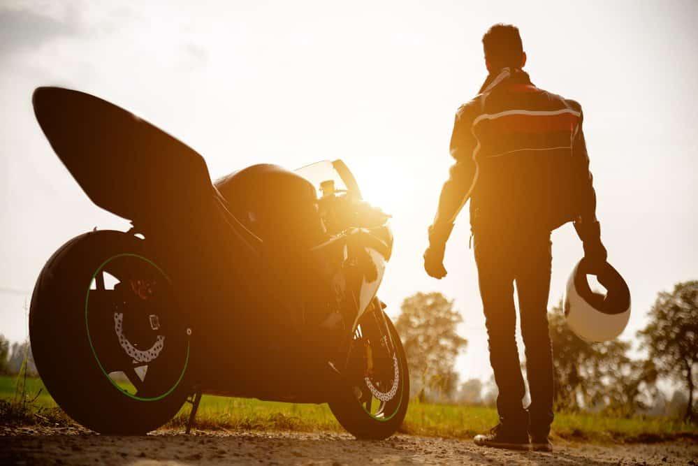 multas de motos capacete