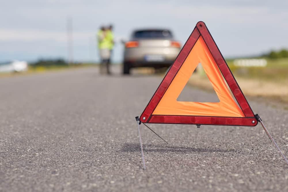 acidente como sinalizar via