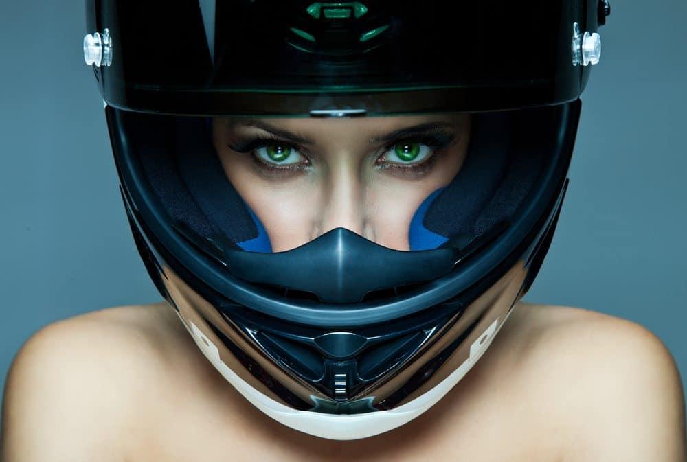 capacete viseira aberta moto mulher