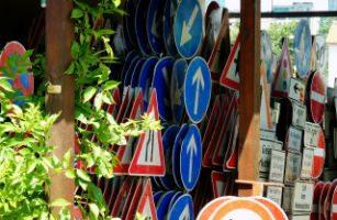Placas de Trânsito – Entenda seus significados