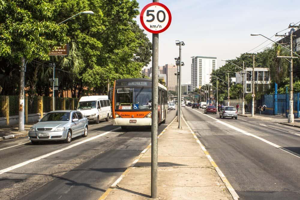 nova lei transito velocidade