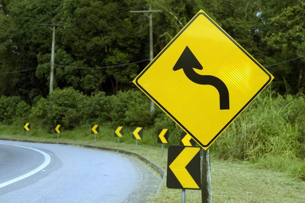 placas de sinalizacao de transito para que servem