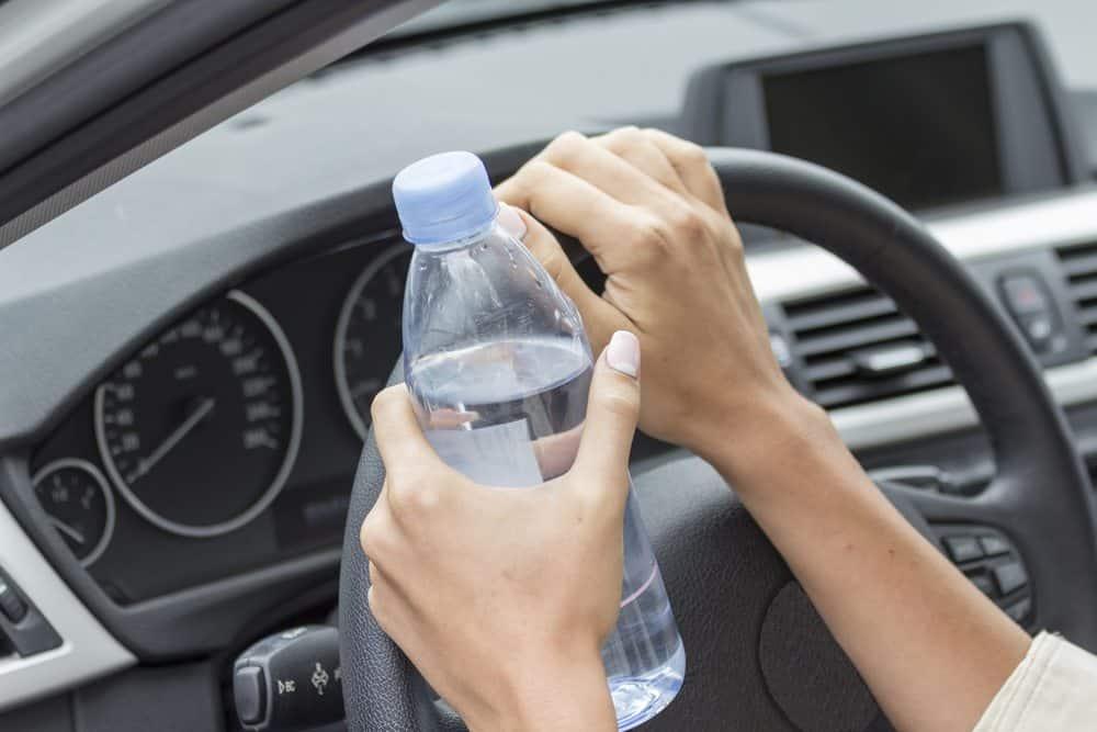 estudos grande riscos garrafa de água