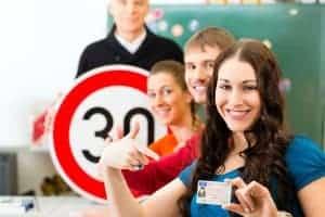 Tirar CNH pode ficar mais difícil! CONTRAN propõe Aumento no número de horas-aula