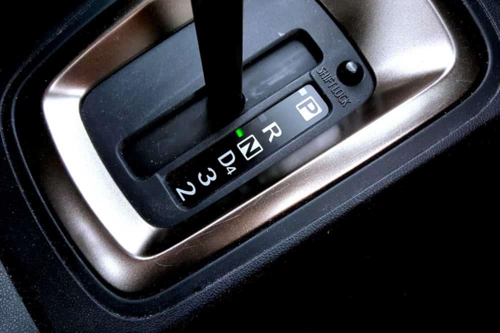 como economizar combustivel esqueca ponto morte neutro