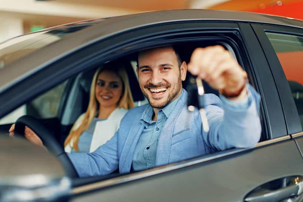 comprar ou alugar carros futuro