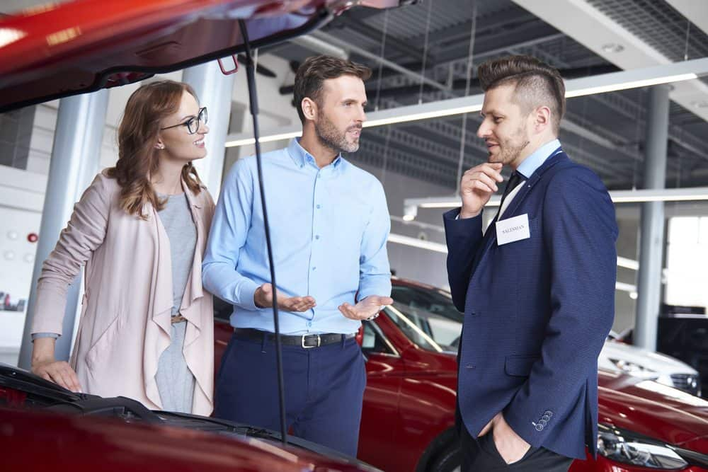 comprar ou alugar carros