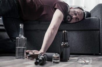 Entenda os principais efeitos do álcool e das drogas no organismo do condutor