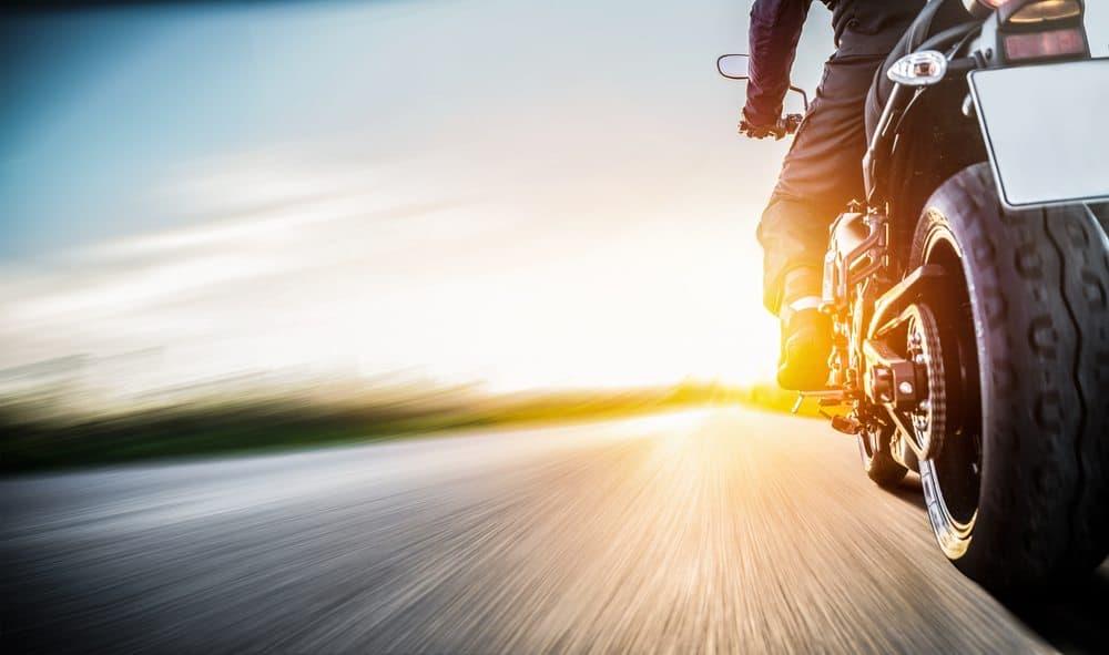 moto de corrida principais caracteristicas