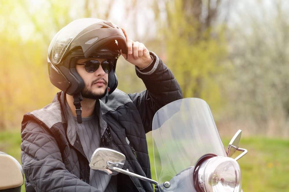 moto de corrida qual melhor capacete