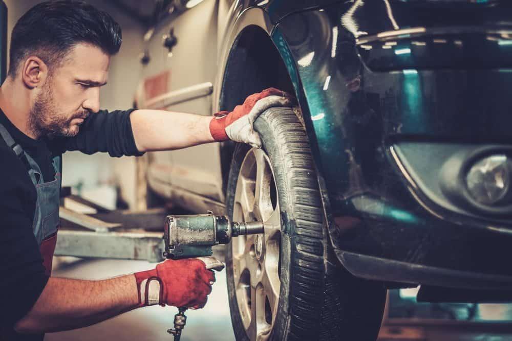 rodizio de pneus como fazer corretamente