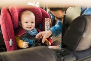 O Que é e Como Funciona o Sistema Isofix nas Cadeirinhas de Bebês