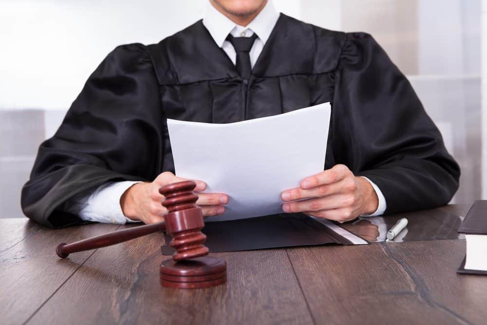 acesso-justica-pessoas com cancer juizado especial