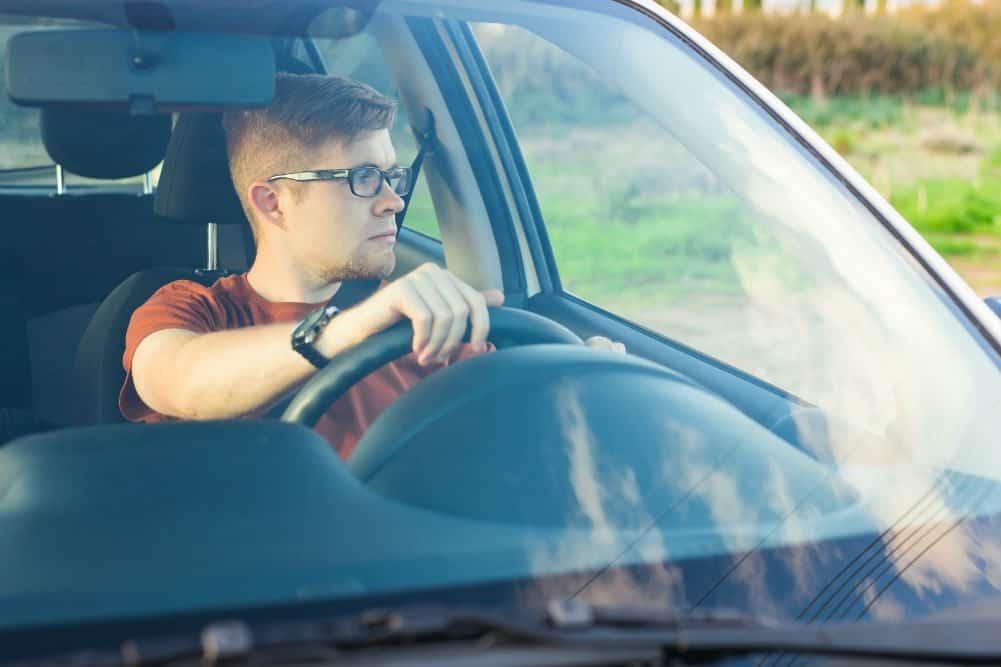 cnh provisoria pode dirigir em rodovias carteira vencida