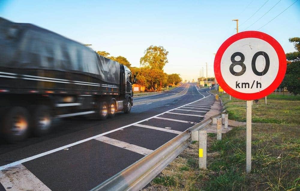 excesso de velocidade multa pode ser gravissima
