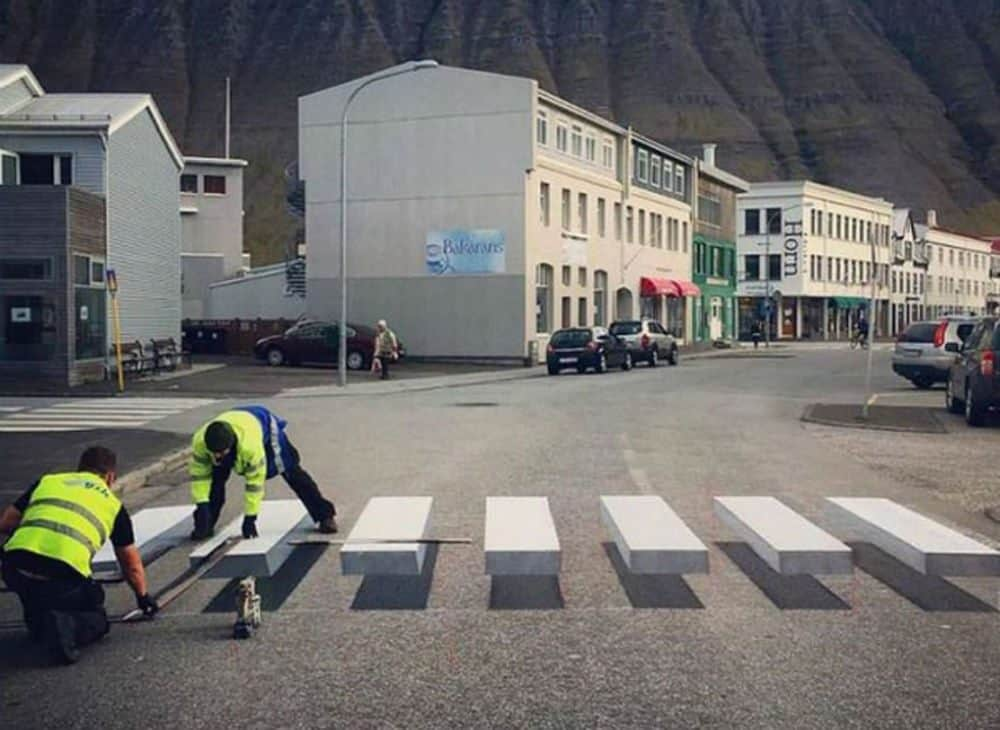 faixa de pedestres que engana motoristas