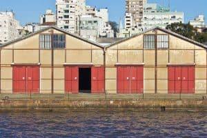 Palio apreendido com 324 multas em Porto Alegre revela comércio de carros irregulares de baixo preço