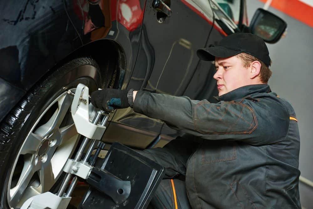 10 para economizar combustivel alinhamento das rodas