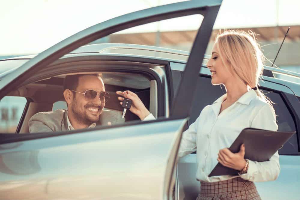 carros economicos para viajar escolhendo o melhor
