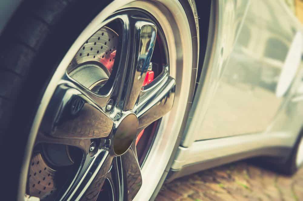 46b3afd165b2f O Que a Lei Diz Sobre Rodas Esportivas nos Veículos (Atualizado)