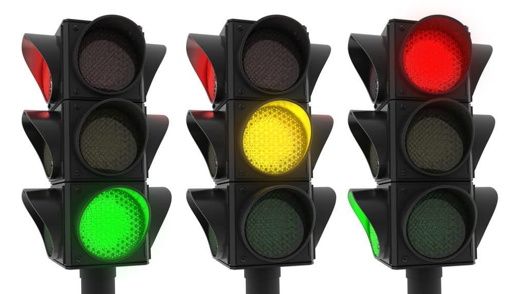 sinais de transito o que significam cores semaforos
