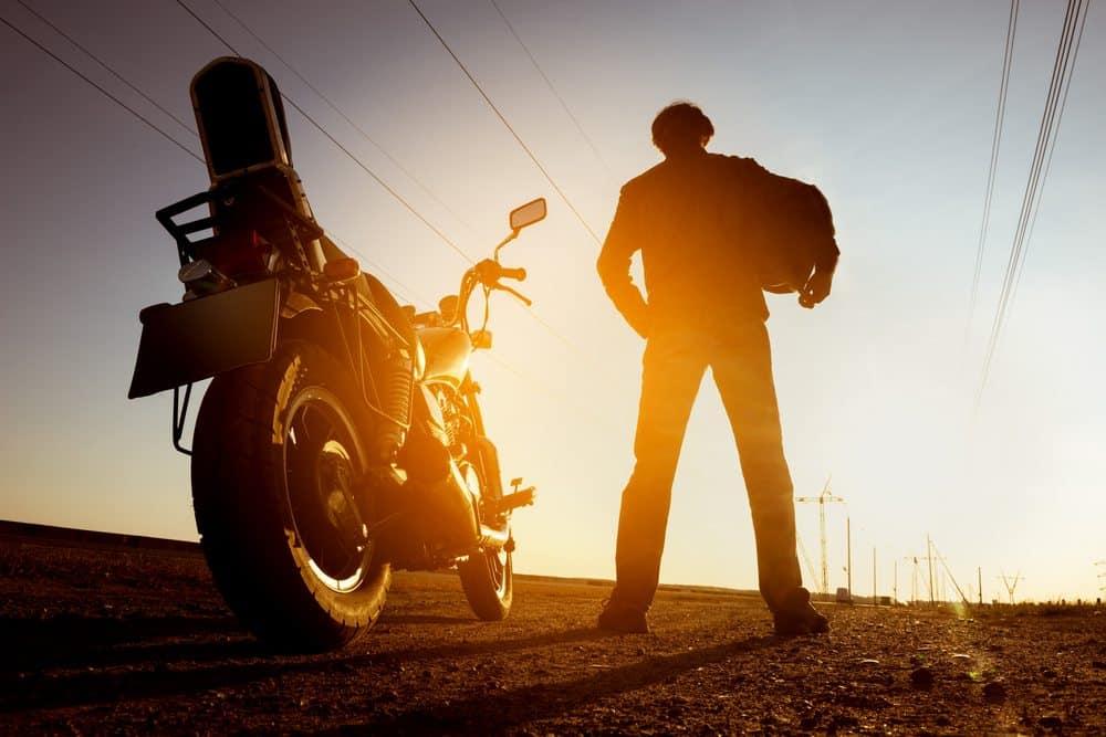 viagem de moto sozinho