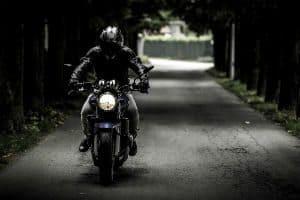 Bogotá Proíbe Passageiros Homens na Garupa de Motos Acima de 125cc