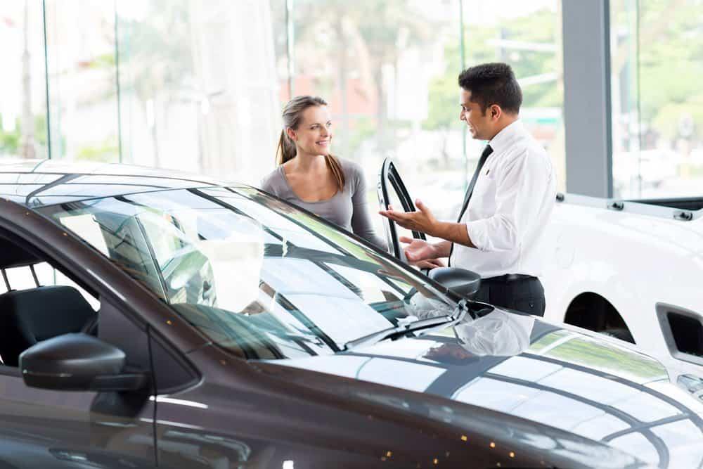 comprar carro de locadora veja se vale a pena
