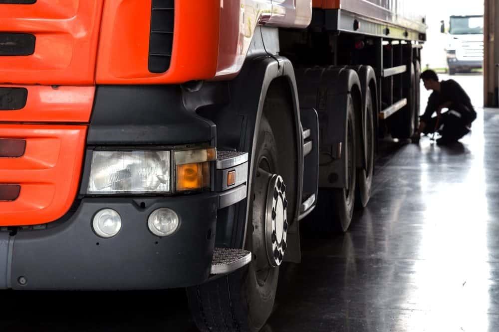 legislacao transporte cargas infracoes mais comuns