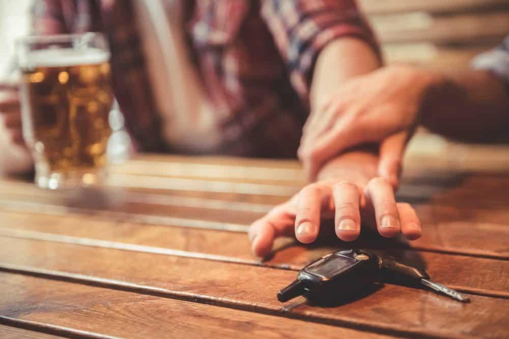 dirigir embriagado passageiro