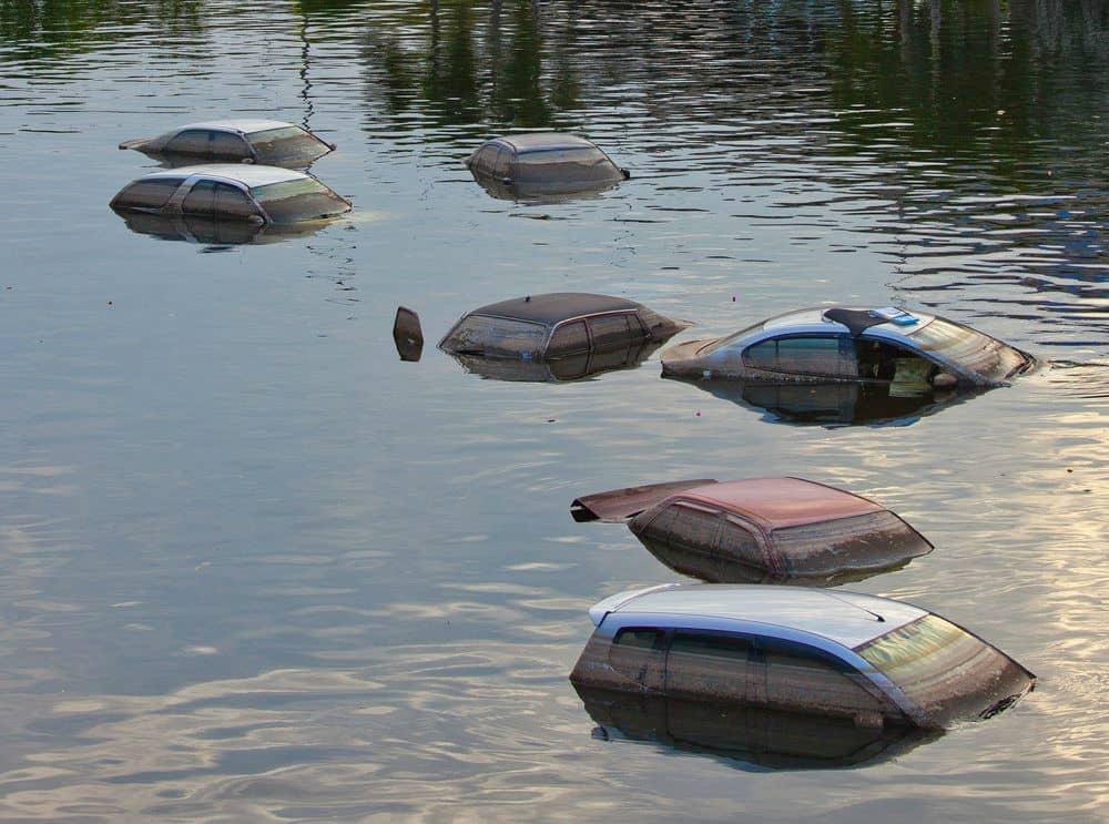 Veja o que pode acontecer com o seu veículo em decorrência de uma enchente