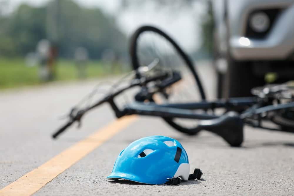 Qual a sua opinião sobre a conduta dos ciclistas brasileiros em vias públicas?