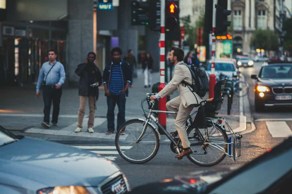 Embora previstas no CTB, as multas para ciclistas não têm regulamentação em vigor