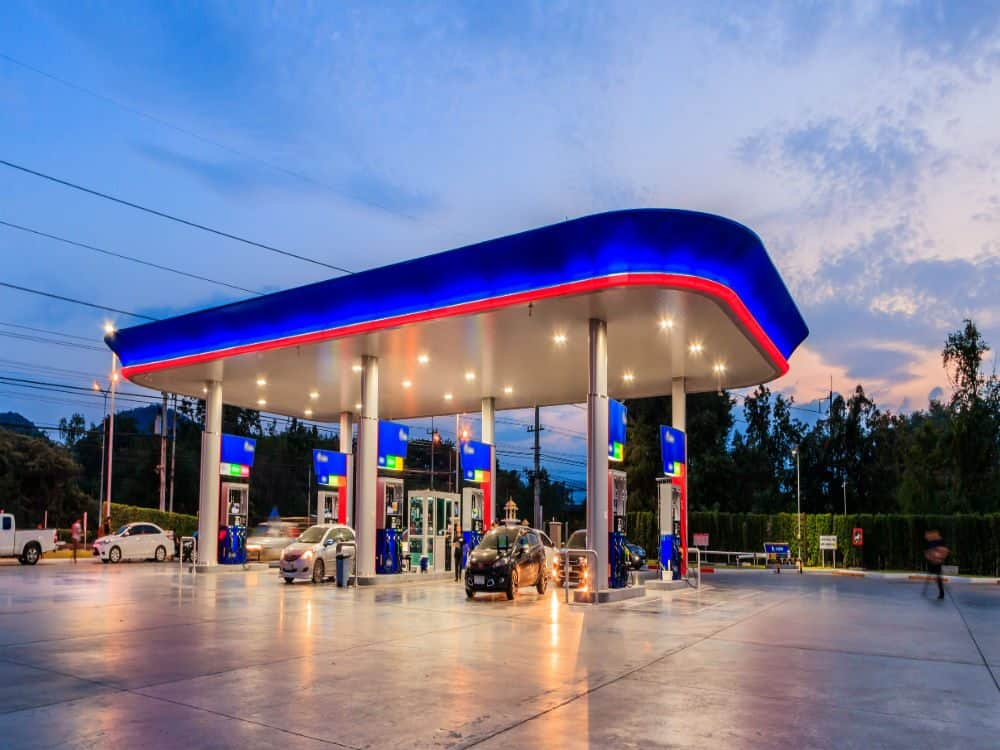 preco da gasolina oscila postos bandeira branca bandeirados