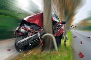 Confira Agora os Acidentes de Trânsito Mais Bizarros do Mundo. O 2º é Inexplicável!