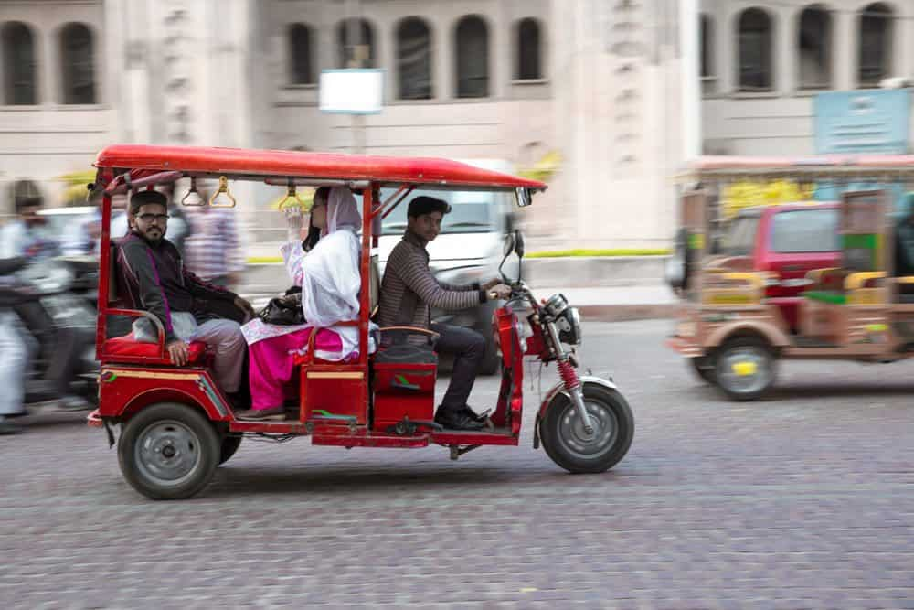 meios de transporte esquisitos tuk tuk