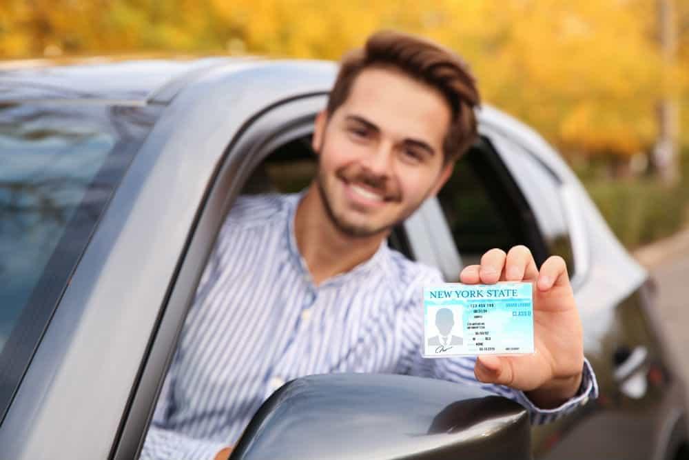O DETRAN cuida da sua habilitação mesmo que você seja condutor há mais tempo