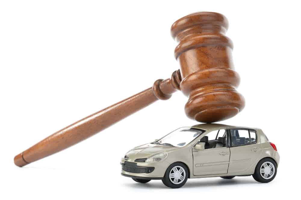 Saiba se a lei proíbe o cidadão de fazer denúncias de infrações de trânsito
