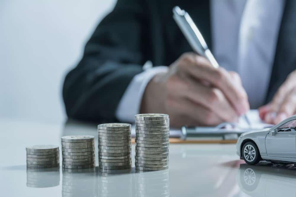 Os valores das multas, assim como a quantidade de pontos na CNH, dependem da gravidade das infrações cometidas.