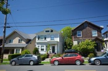 Descubra Se É Permitido Reservar Estacionamento em Frente a Sua Casa Para o Seu Veículo